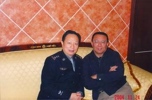 10、铁道部公安局局长姜战林到长沙检查工作时与王仲刚在一起